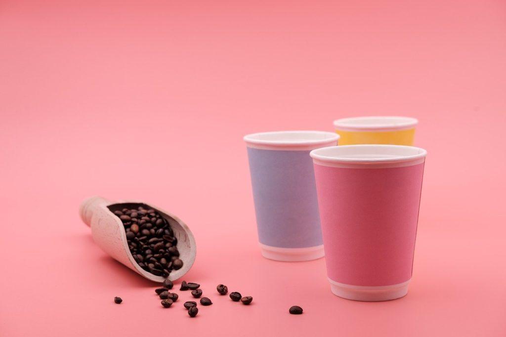 Alternative au gobelet plastique : le gobelet en carton