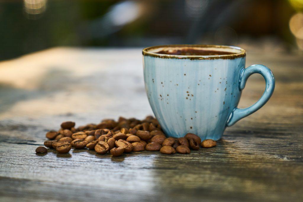 Le café en grain au bureau